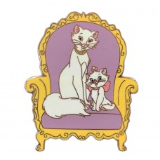ACME/HotArt - Classic Cutout - Family Portrait - Duchess and Marie